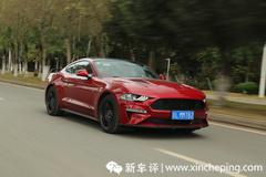 试完福特Mustang,才明白何为美式性能车的核心要义