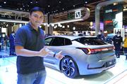 """上海车展看新车 为什么看到极氪001庆哥就想到""""快"""""""