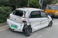 一次差点没命的追尾事故,让我重新审视小电动车的安全性