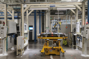 到2025年投放10款纯电车型 通用奥特能电池工厂投产